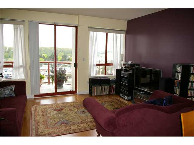 Photo 2: # 501 220 11TH ST in : Uptown NW Condo for sale : MLS(r) # V887501
