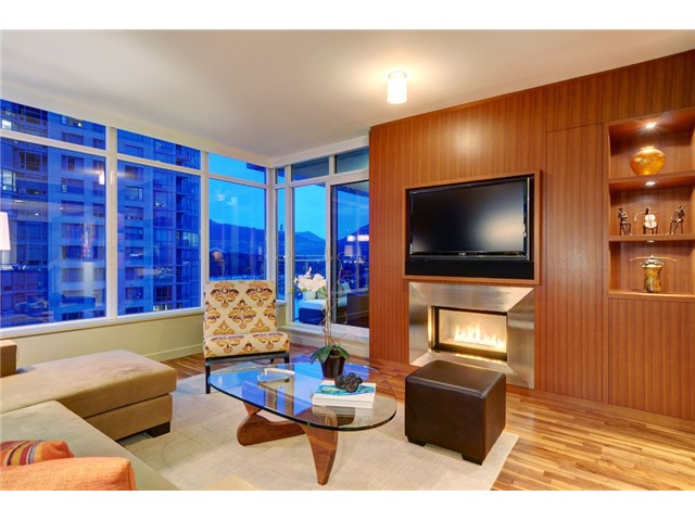Photo 4: # 1304 1281 W CORDOVA ST in Vancouver: Coal Harbour Condo for sale (Vancouver West)  : MLS(r) # V1064989