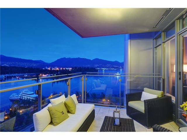Photo 2: # 1304 1281 W CORDOVA ST in Vancouver: Coal Harbour Condo for sale (Vancouver West)  : MLS® # V1064989