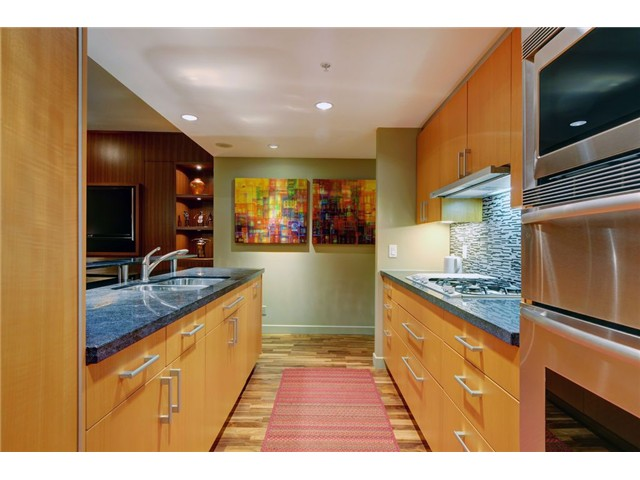 Photo 7: # 1304 1281 W CORDOVA ST in Vancouver: Coal Harbour Condo for sale (Vancouver West)  : MLS(r) # V1064989