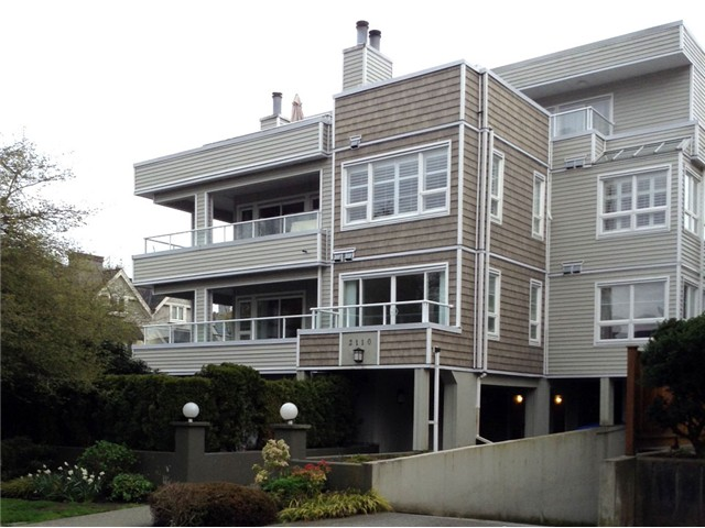 Main Photo: # 201 2110 YORK AV in Vancouver: Kitsilano Condo for sale (Vancouver West)  : MLS® # V1058982