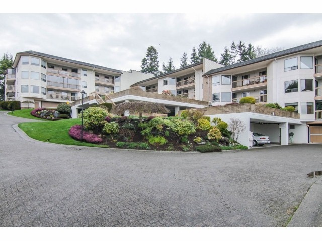 Main Photo: # 612 1350 VIDAL ST: White Rock Condo for sale (South Surrey White Rock)  : MLS®# F1424524