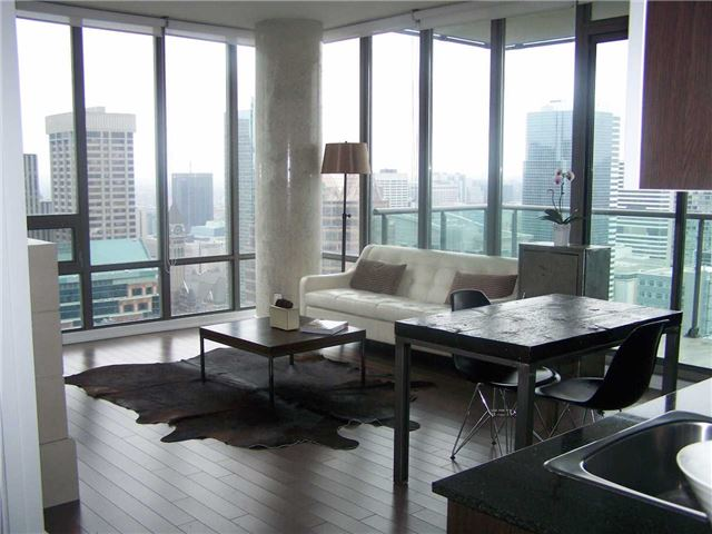 Photo 12: 33 Lombard St Unit #3802 in Toronto: Church-Yonge Corridor Condo for sale (Toronto C08)  : MLS(r) # C3395677