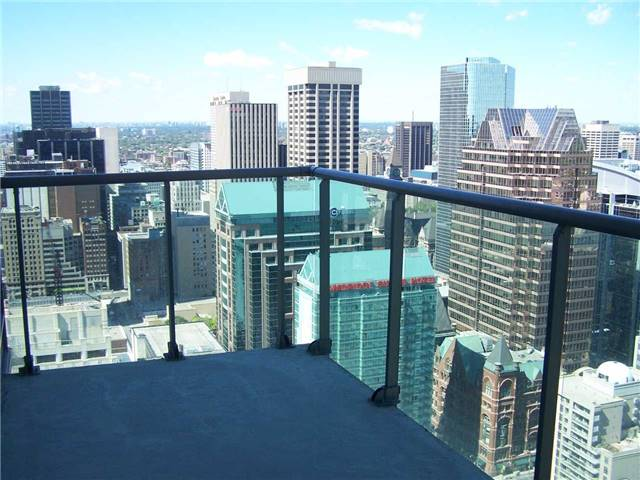 Photo 4: 33 Lombard St Unit #3802 in Toronto: Church-Yonge Corridor Condo for sale (Toronto C08)  : MLS(r) # C3395677