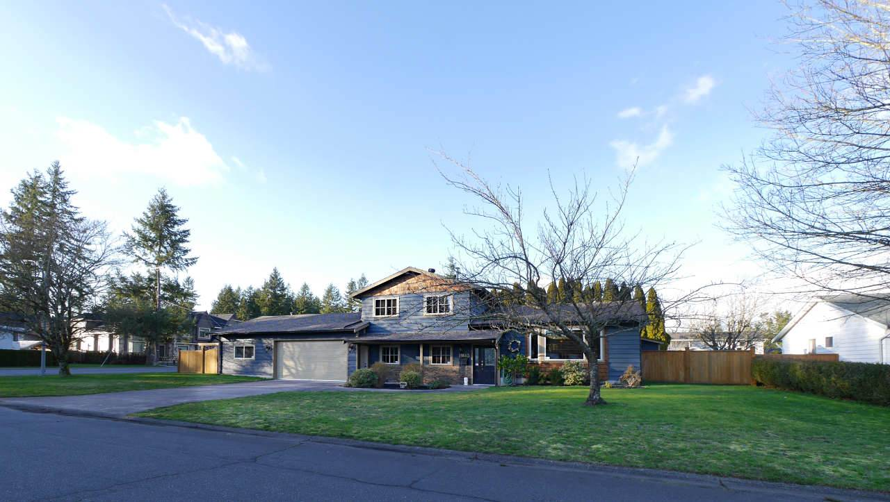 Main Photo: 19663 35A AVENUE in Langley: Brookswood Langley House for sale : MLS®# R2038490