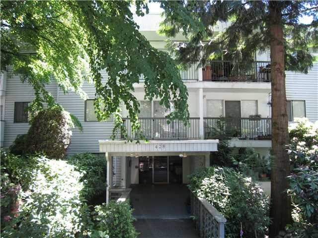 "Main Photo: 102 428 AGNES Street in New Westminster: Downtown NW Condo for sale in ""SHANLEY MANOR"" : MLS®# V1073522"