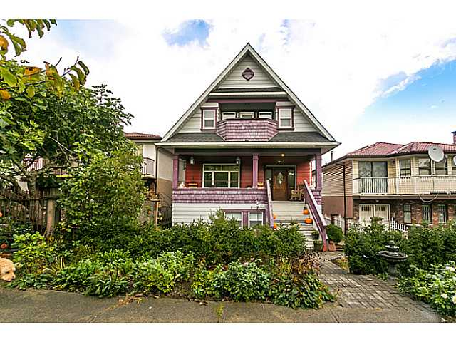 Main Photo: 2541 E 4th Ave in Vancouver: Renfrew VE House for sale (Vancouver East)  : MLS® # V1090943