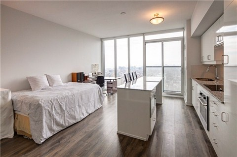 Photo 12: 426 University Ave Unit #4002 in Toronto: University Condo for sale (Toronto C01)  : MLS(r) # C3186035