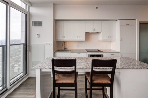 Photo 2: 426 University Ave Unit #4002 in Toronto: University Condo for sale (Toronto C01)  : MLS(r) # C3186035