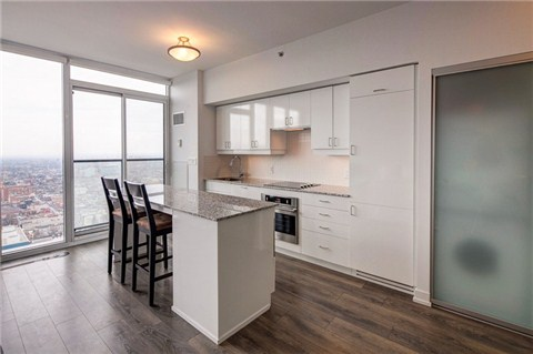 Photo 14: 426 University Ave Unit #4002 in Toronto: University Condo for sale (Toronto C01)  : MLS(r) # C3186035