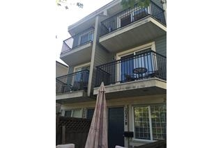Main Photo: 2042 Triumph Street in Vancouver: Hastings Townhouse for sale (Vancouver East)  : MLS®# R2059107