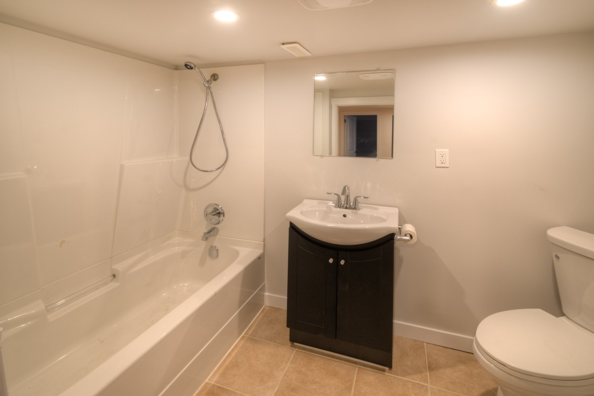 Photo 15: 724 FIFTH STREET in New Westminster: GlenBrooke North House for sale : MLS® # R2143580
