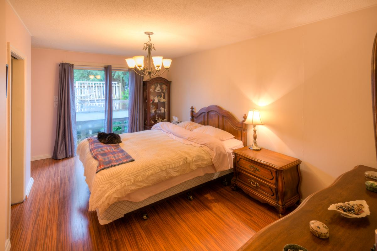 Photo 10: 724 FIFTH STREET in New Westminster: GlenBrooke North House for sale : MLS® # R2143580