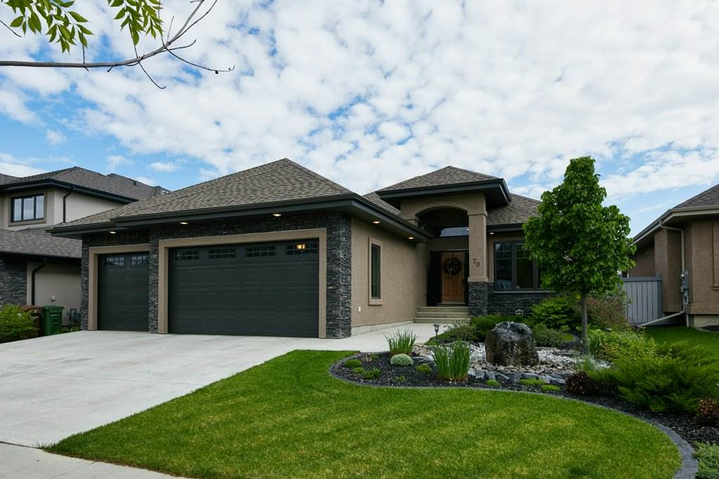 FEATURED LISTING: 70 LACOMBE Drive St. Albert