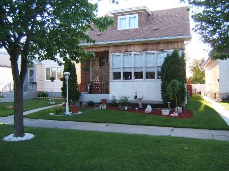Photo 2: 432 PARR ST.: Residential for sale (Canada)  : MLS® # 2800392