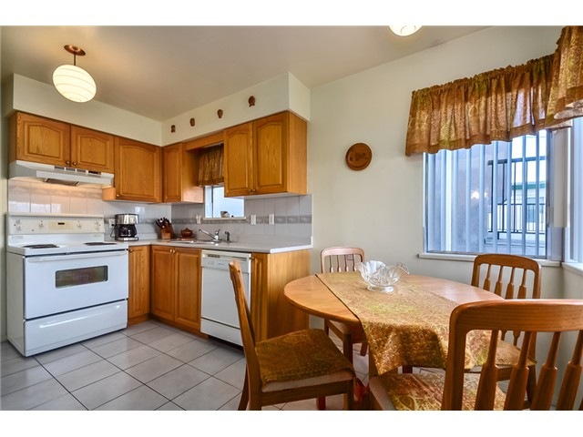Photo 5: 3463 E 27TH Avenue in Vancouver: Renfrew Heights House for sale (Vancouver East)  : MLS(r) # V995620
