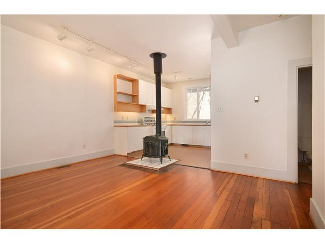 Photo 2: 618 JACKSON Avenue in Vancouver: Mount Pleasant VE Townhouse for sale (Vancouver East)  : MLS® # V1010749