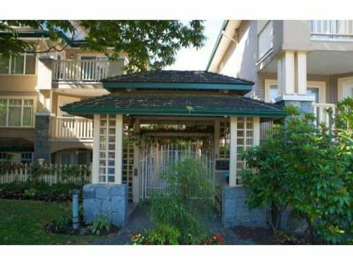 "Main Photo: 314 288 E 6TH Street in North Vancouver: Lower Lonsdale Condo for sale in ""MCNAIR PARK"" : MLS®# V1011748"