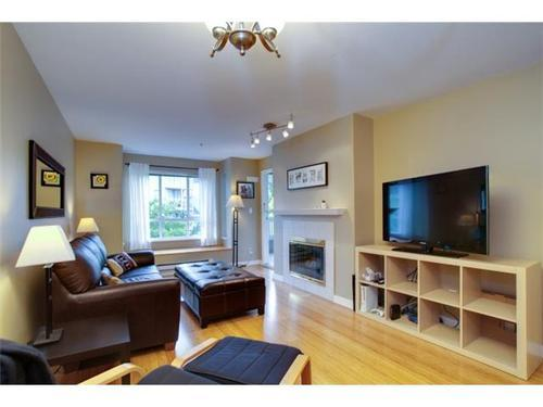 Photo 2: 204 6745 STATION HILL Court in Burnaby South: South Slope Home for sale ()  : MLS® # V913896