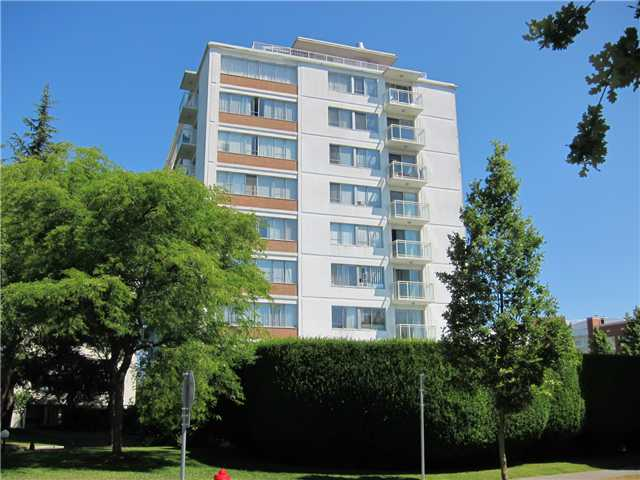 "Main Photo: 206 6076 TISDALL Street in Vancouver: Oakridge VW Condo for sale in ""MANSION HOUSE"" (Vancouver West)  : MLS® # V1019966"