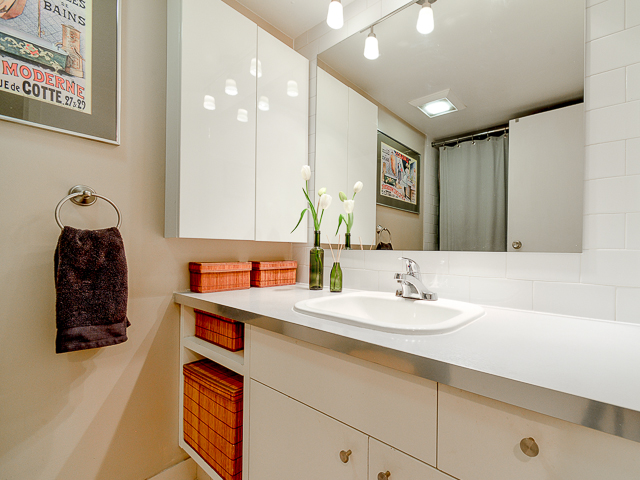 Photo 6: 207 3353 Heather Street in Vancouver: Cambie Condo for sale (Vancouver West)  : MLS(r) # V1060929