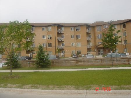 Main Photo: 302-835 ADSUM  DR: Residential for sale (Canada)  : MLS® # 1104532