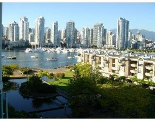 Main Photo: 706 456 Moberly Road in Pacific Cove: False Creek Home for sale ()  : MLS®# V639417