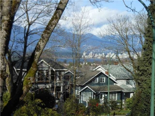 Main Photo: 102 3784 W 16TH Avenue in Vancouver: Dunbar Condo for sale (Vancouver West)  : MLS(r) # V1000017