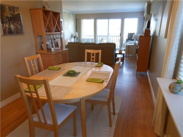 Photo 4: 102 3784 W 16TH Avenue in Vancouver: Dunbar Condo for sale (Vancouver West)  : MLS® # V1000017