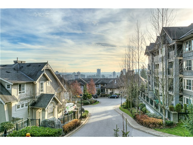 Photo 20: # 114 2969 WHISPER WY in Coquitlam: Westwood Plateau Condo for sale : MLS® # V1037078