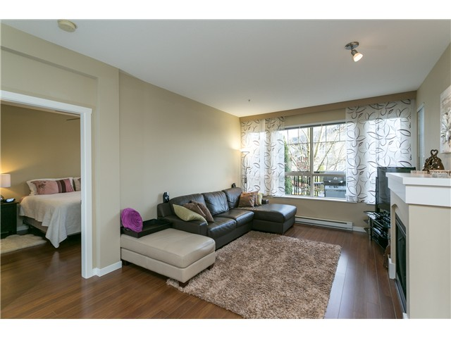 Photo 5: # 114 2969 WHISPER WY in Coquitlam: Westwood Plateau Condo for sale : MLS® # V1037078