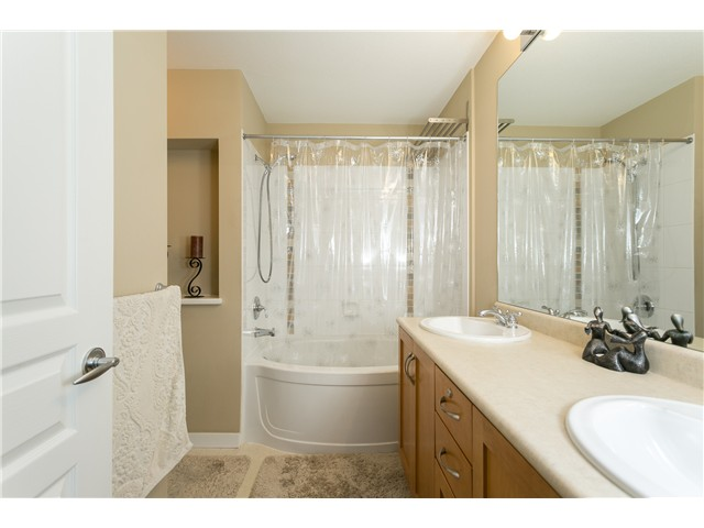 Photo 14: # 114 2969 WHISPER WY in Coquitlam: Westwood Plateau Condo for sale : MLS® # V1037078