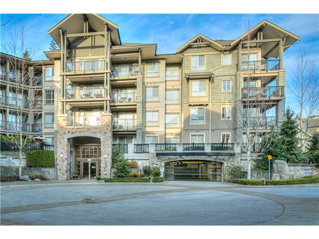 Photo 2: # 114 2969 WHISPER WY in Coquitlam: Westwood Plateau Condo for sale : MLS® # V1037078