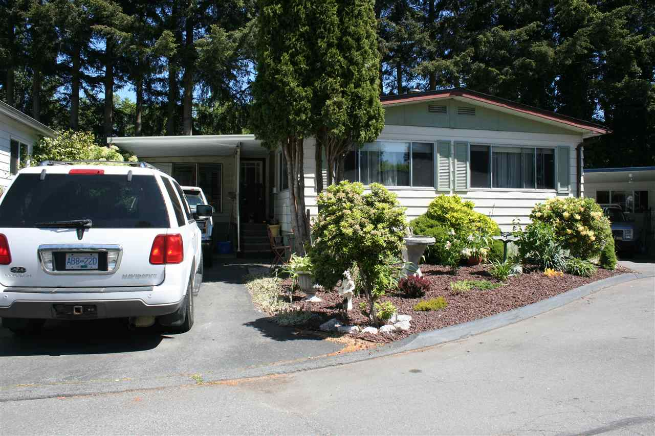 Photo 6: 296 1840 160 STREET in Surrey: King George Corridor Manufactured Home for sale (South Surrey White Rock)  : MLS® # R2068060