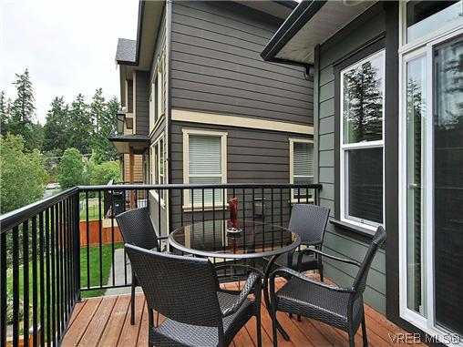 Photo 16: 2518 Martin Ridge in VICTORIA: La Florence Lake Single Family Detached for sale (Langford)  : MLS® # 310834