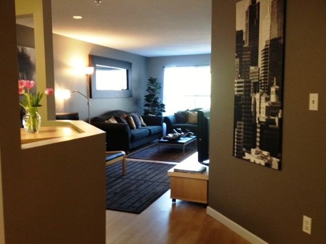 "Photo 2: 314 519 12TH Street in New Westminster: Uptown NW Condo for sale in ""KINGSGATE"" : MLS® # V1003061"