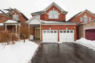 Main Photo: 38 Legacy Lane in Brampton: Fletcher's Creek Village House (2-Storey) for lease : MLS®# W2667966