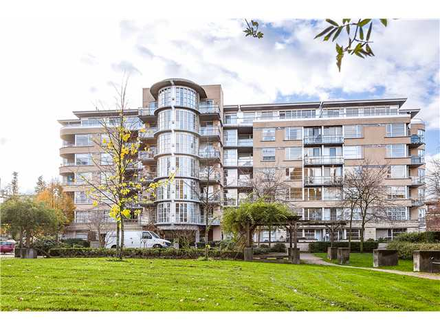 Main Photo: # 201 2655 CRANBERRY DR in Vancouver: Kitsilano Condo for sale (Vancouver West)  : MLS(r) # V1036126