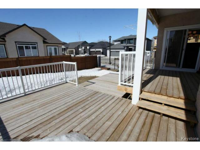 Photo 19: Photos: 501 Bridgeland Drive in WINNIPEG: Fort Garry / Whyte Ridge / St Norbert Single Family Detached for sale (South Winnipeg)  : MLS®# 1406788