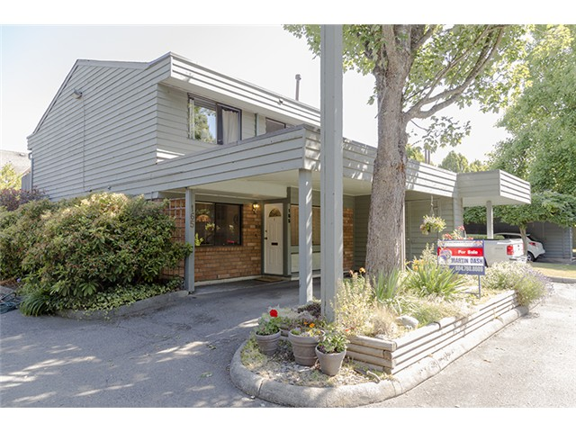 "Main Photo: 165 3031 WILLIAMS Road in Richmond: Seafair Townhouse for sale in ""EDGEWATER PARK"" : MLS® # V1073327"