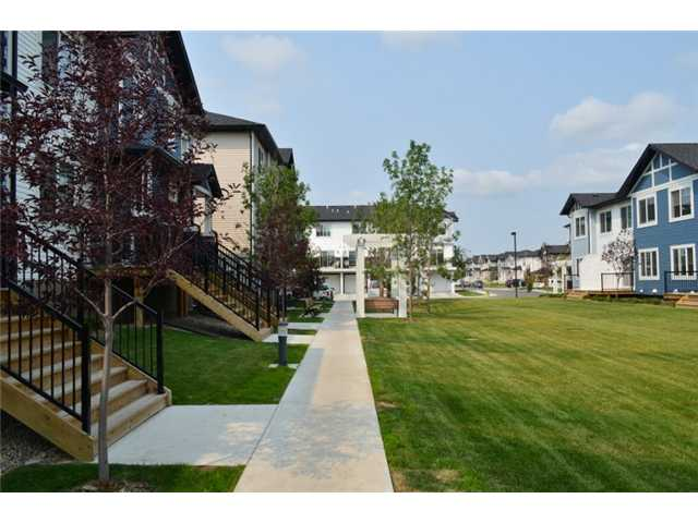Photo 19: 2105 333 TARALAKE Way NE in : Taradale Townhouse for sale (Calgary)  : MLS® # C3631664
