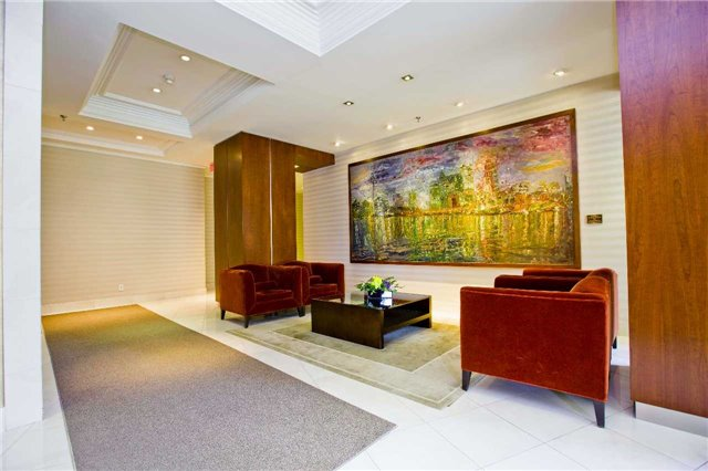 Photo 7: 300 Bloor St Unit #1203 in Toronto: Rosedale-Moore Park Condo for sale (Toronto C09)  : MLS(r) # C3443048