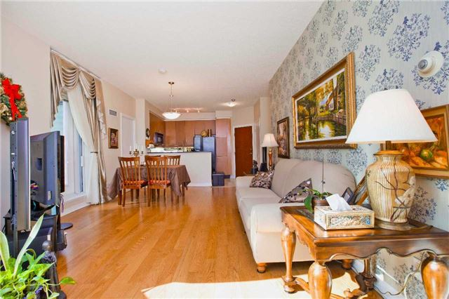 Photo 17: 300 Bloor St Unit #1203 in Toronto: Rosedale-Moore Park Condo for sale (Toronto C09)  : MLS(r) # C3443048