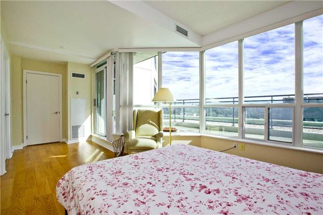 Photo 20: 300 Bloor St Unit #1203 in Toronto: Rosedale-Moore Park Condo for sale (Toronto C09)  : MLS(r) # C3443048