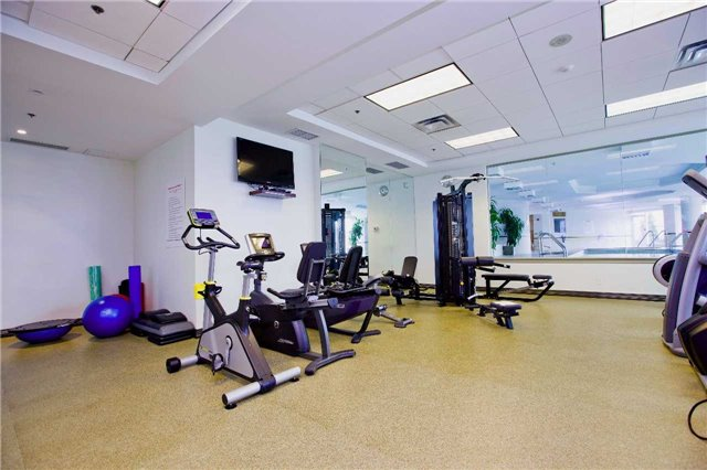Photo 11: 300 Bloor St Unit #1203 in Toronto: Rosedale-Moore Park Condo for sale (Toronto C09)  : MLS(r) # C3443048