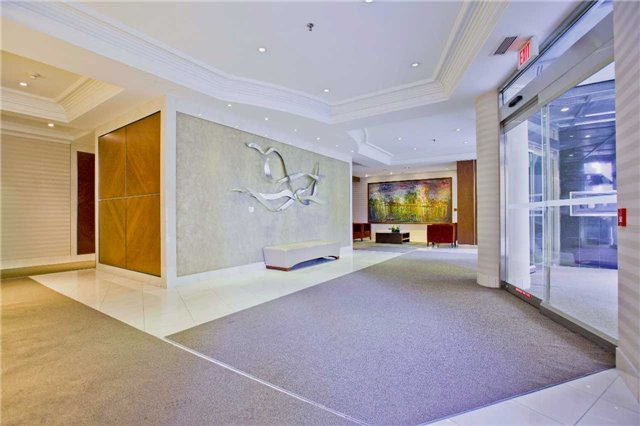 Photo 6: 300 Bloor St Unit #1203 in Toronto: Rosedale-Moore Park Condo for sale (Toronto C09)  : MLS(r) # C3443048