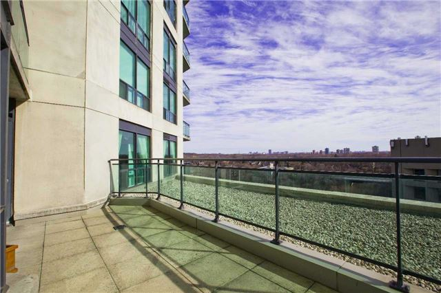 Main Photo: 300 Bloor St Unit #1203 in Toronto: Rosedale-Moore Park Condo for sale (Toronto C09)  : MLS(r) # C3443048