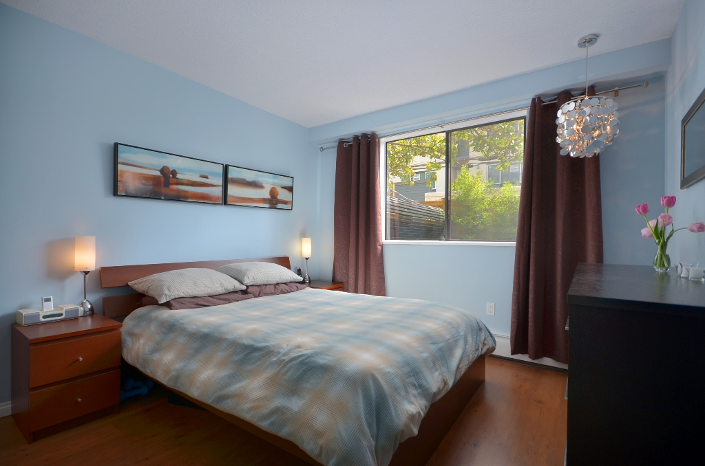 "Photo 6: 101 3150 PRINCE EDWARD Street in Vancouver: Mount Pleasant VE Condo for sale in ""PRINCE EDWARD PLACE"" (Vancouver East)  : MLS(r) # V952029"