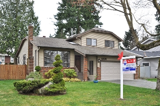 "Main Photo: 13104 61ST Avenue in Surrey: Panorama Ridge House for sale in ""Panorama Park"" : MLS(r) # F1306865"
