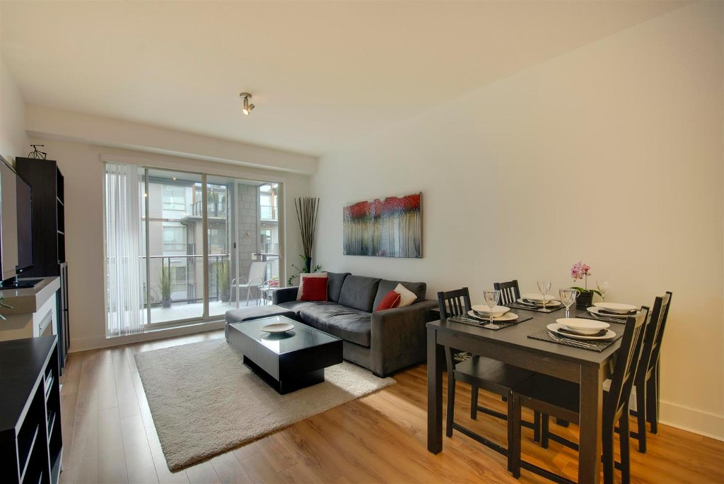 Photo 5: # 409 7418 BYRNEPARK WK in Burnaby: South Slope Condo for sale (Burnaby South)  : MLS(r) # V1046795